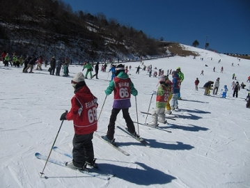 写真:豊根村 雪遊び