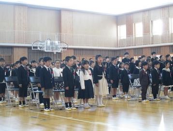 写真:飛島学園入学式